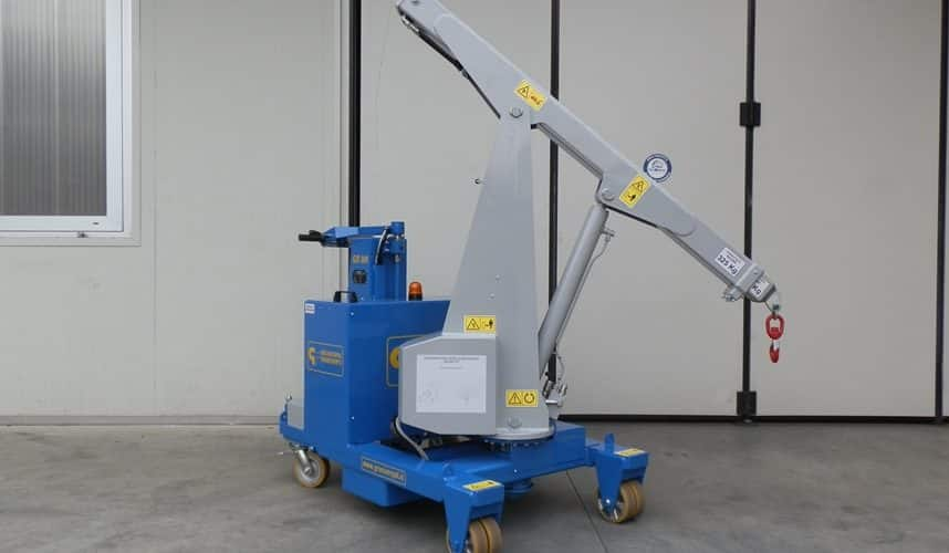 Mobile cranes for lifting loads up to 300 kg.