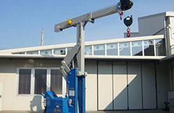 Mold lifting machine with capacity up to 10.000 kg.