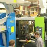 Guindastes para movimentação de moldes com capacidade de carga até 10.000 kg.