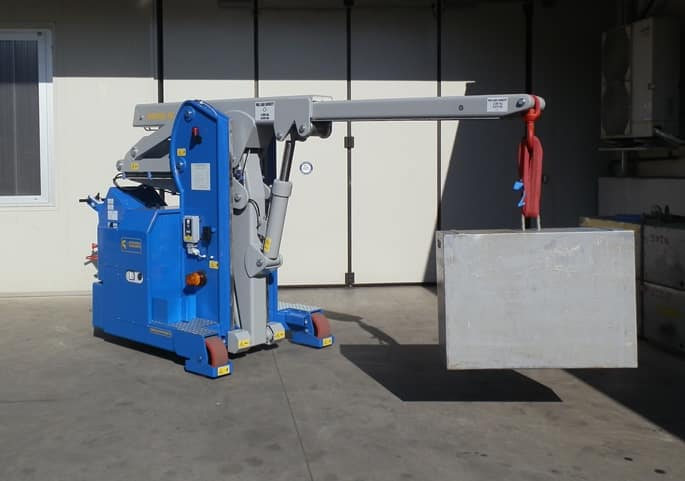 Electric crane for handling molds in the tire production sector Minidrel 40S_ARR