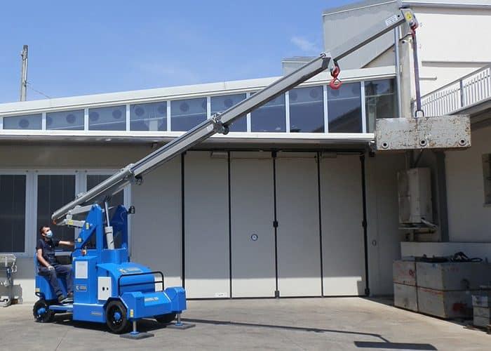 Mobilkranar med lyftkapacitet upp till 5.000 kg.