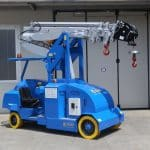 Mobile cranes for lifting loads up to 6.500 kg.