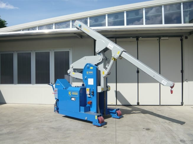 Electric crane for handling molds in the tire production sector Minidrel 75S_ARR